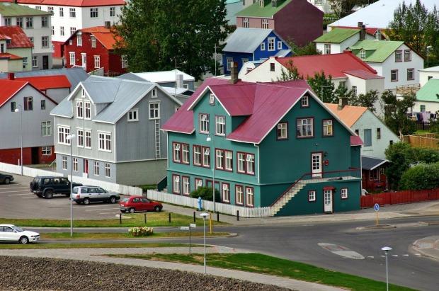 reykjavik-262737_1280